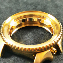 Load image into Gallery viewer, SKX007 Chapter Ring - Polished Gold