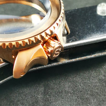 "Load image into Gallery viewer, CN0234 SKX007 Polished Rose Gold Crown ""S"""