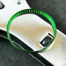 Load image into Gallery viewer, C0184 SKX007 Chapter Ring - Green with Marker