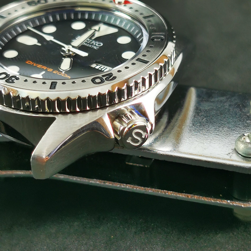SKX013 T1 Silver Crown with