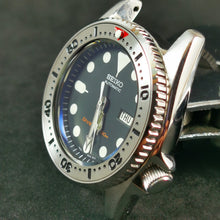 Load image into Gallery viewer, SI0114 SKX013 Stainless Bezel Insert - SKX Style Red