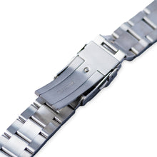 Load image into Gallery viewer, SB0657 SRP Turtle Re-issue Oyster Bracelet - Brushed Finish