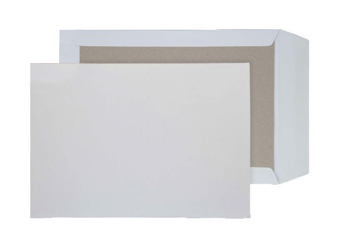 324 x 229mm C4 Sentinel White Peel & Seal Board Back 9285