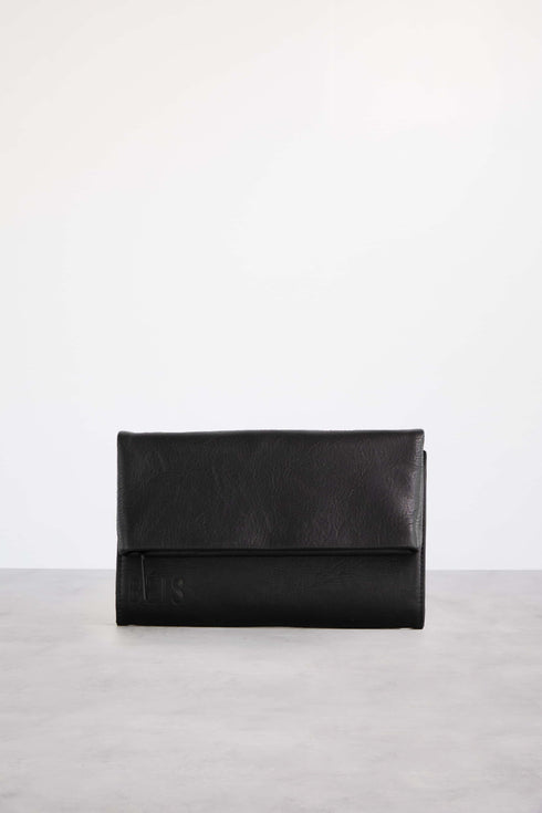 The Crossbody Wallet in Black