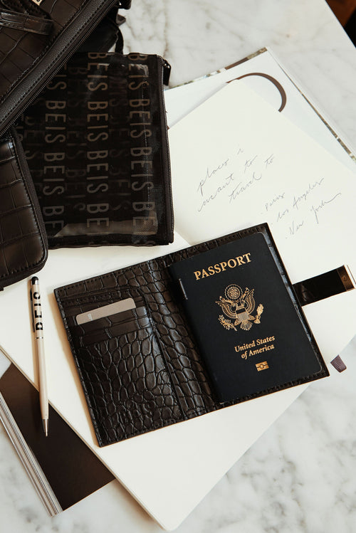 The Passport & Luggage Tag Set in Black Croc