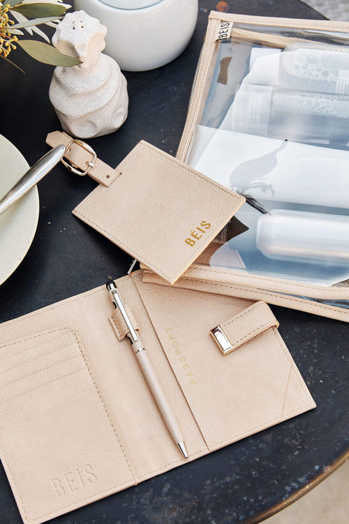 The Passport & Luggage Tag Set in Beige