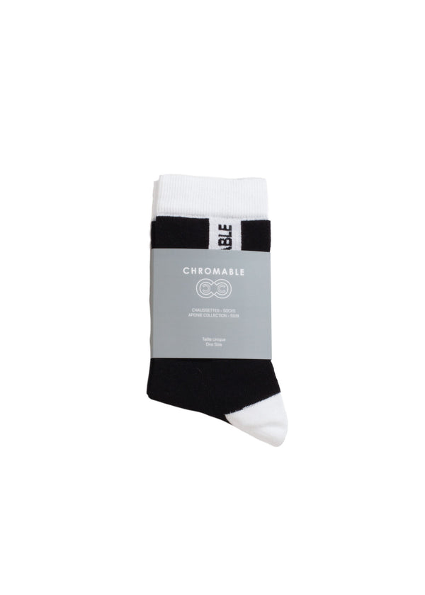 Signature Socks - Black/White - Packaging - CHROMABLE Paris SS19 - Black and white unisex calf-high socks