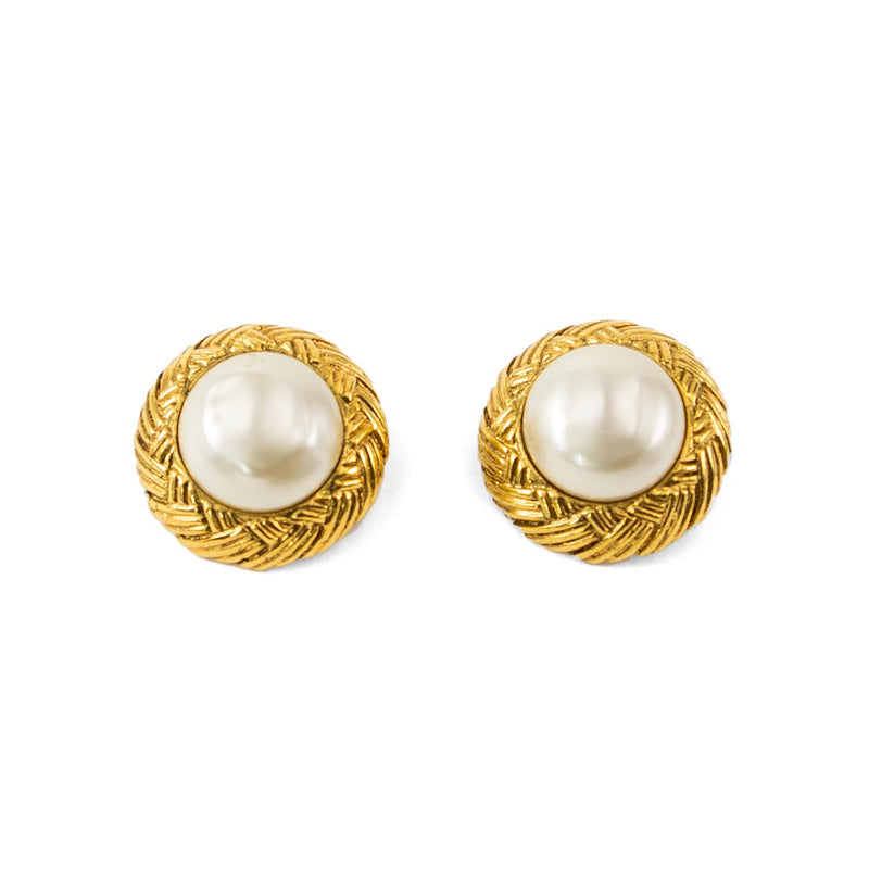 Vintage Chanel Gold Clip-On Earrings