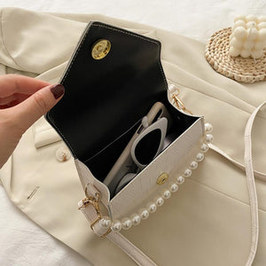 Retro Stone Pattern Crossbody Pearl Bag