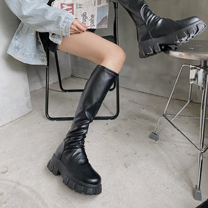 Short Handsome Knee Boots
