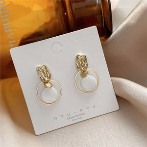 Circle Shell Earring
