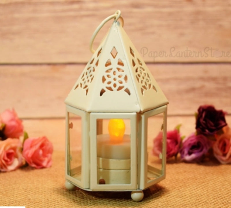 Cape Tealight Candle Lantern