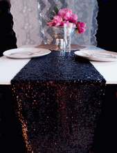 Load image into Gallery viewer, Sequin Table Runners In Gold / Silver
