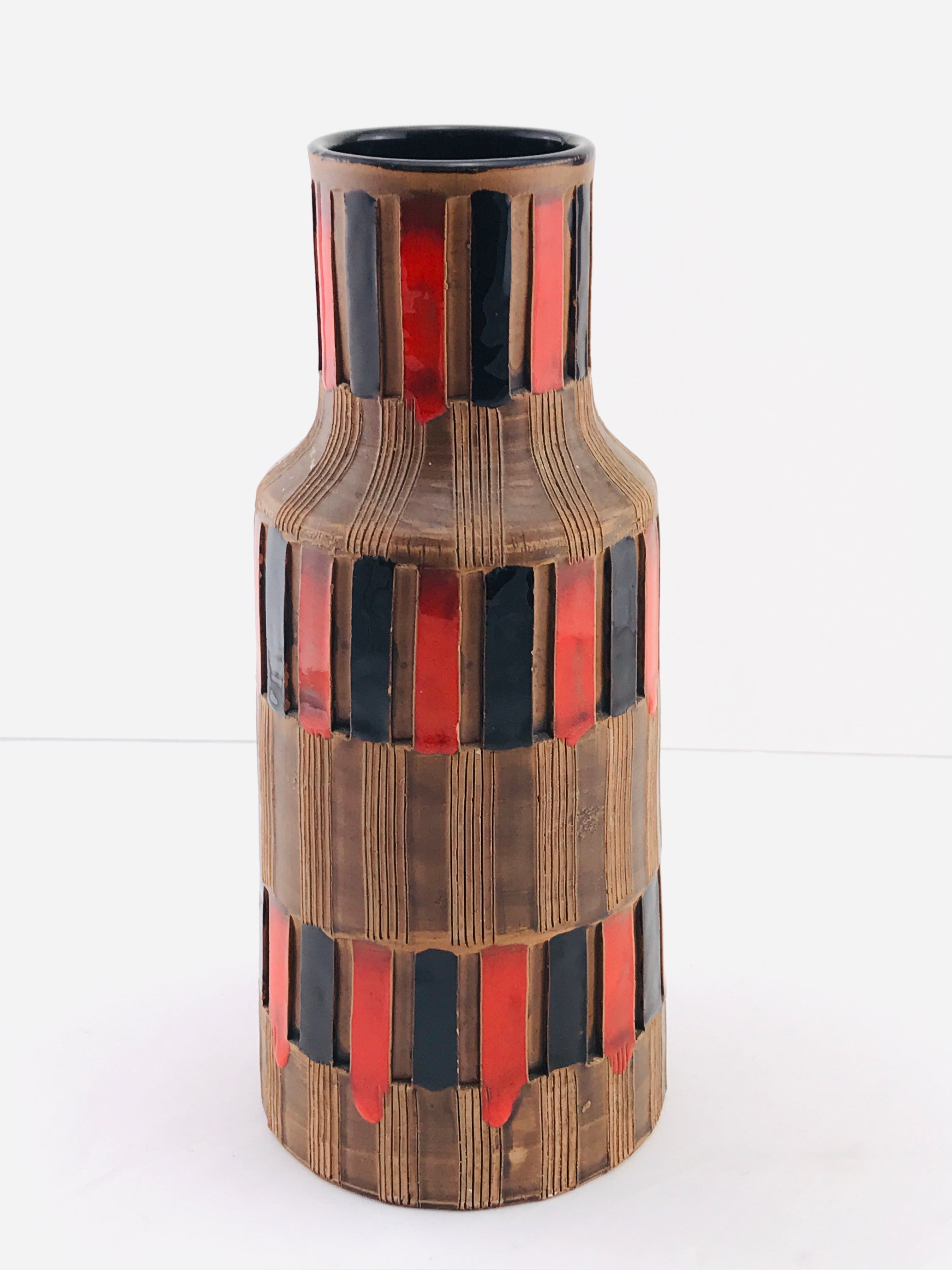 Mid-Century Modern Italian Bitossi Red and Black Ceramic Vase, 1960
