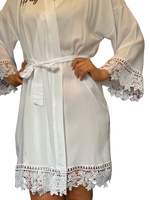 Load image into Gallery viewer, Personalised Bridal Lace Robe