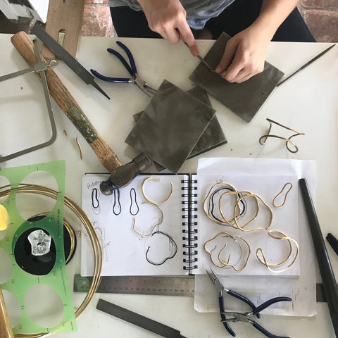 Workshop of jewelry designers from Dos Pinceles Puerto Rico