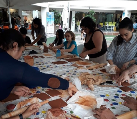 Art classes at MUA Honduras