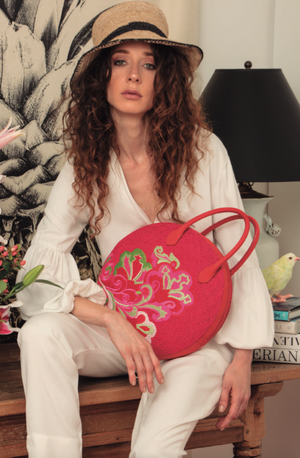 Round handbag pink straw and leather with flower embroidery