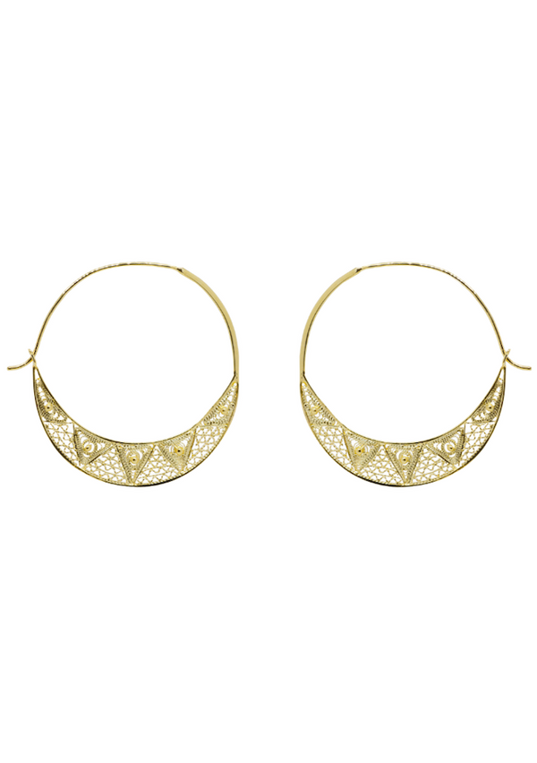 Gold hoop earrings with filigree pattern
