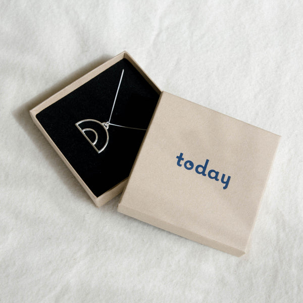 Today jewellery necklace in branded box