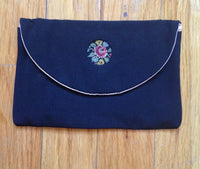 Vtg Embroidered Detail Flowers Coin Pouch - Makeup Pouch