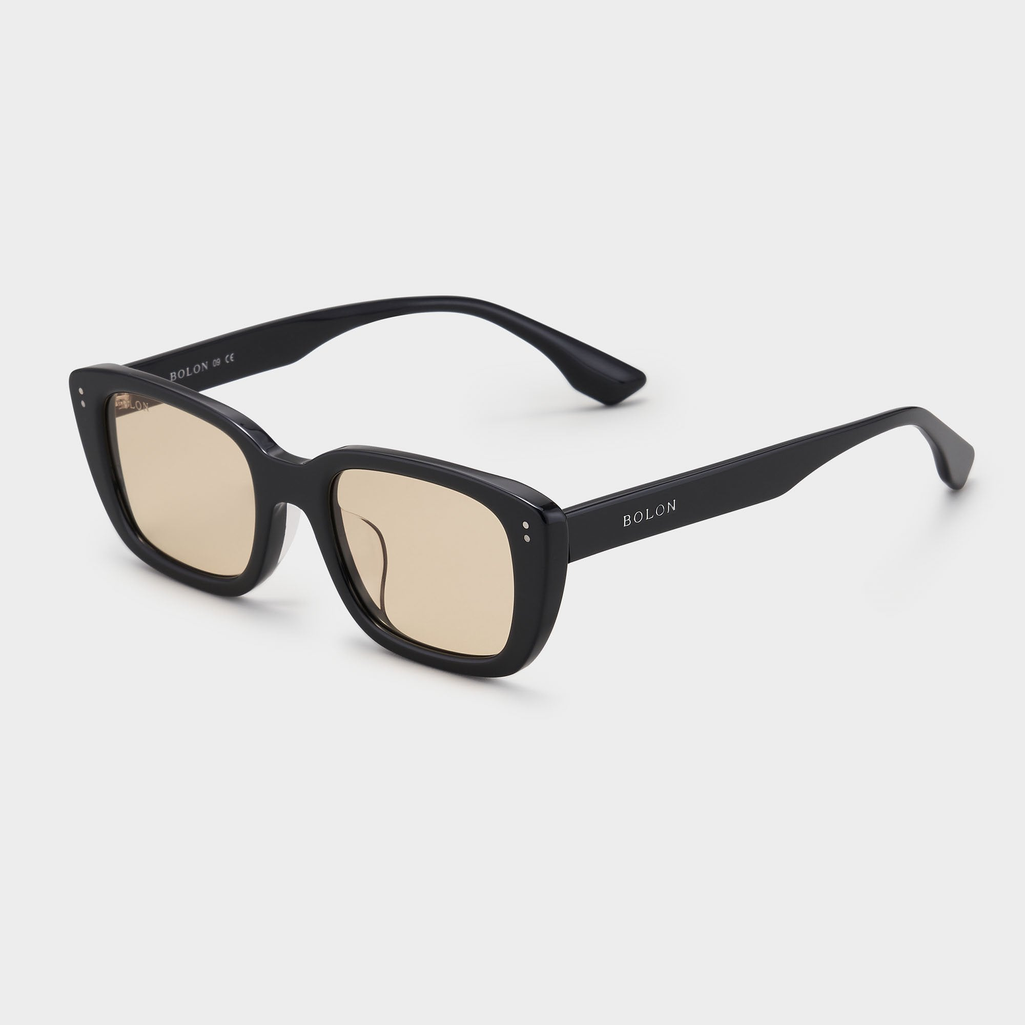 Photochromic Transparent Yellow E10