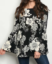 Load image into Gallery viewer, Cheny Floral Bell Sleeve Top