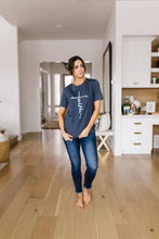Load image into Gallery viewer, Vertical Faith Graphic Tee In Heathered Navy