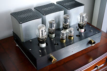 Load image into Gallery viewer, Sophia Electric 91-05 300B Dual-Mono Stereo Tube Amplifier