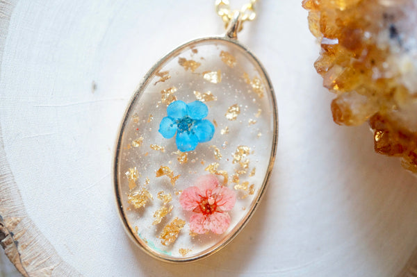 Golden Oval Pressed Flower Necklace