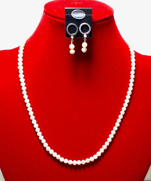 Freshwater Pearls and Sterling Silver Necklace and Earrings 18127