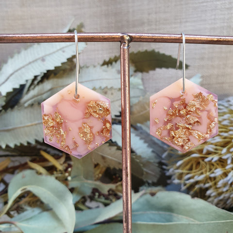 Shapes Earrings - PeachPink/Gold Hexagon