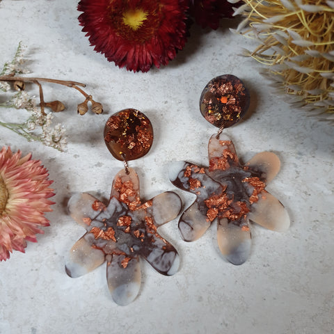 Party Mix Earrings - Daisy - Tortoise Shell