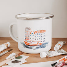 Laden Sie das Bild in den Galerie-Viewer, URBAN WATERCOLOR JOURNEY Tasse