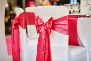 How To Find a Reliable Company For Renting Chair Sashes For An Event