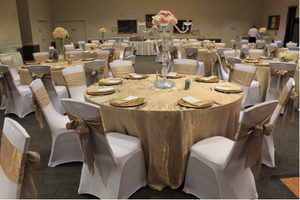 Wedding Tips: Helpful Guide To Picking The Best Chair Covers, Table Linens, And Table Overlays Color