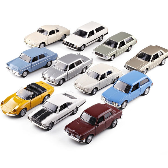classic cars 1:36 Scale Metal Car Model Antique car Alfa Romeo/VW/Ford Diecast Automobile Toys For Collection Children Gift