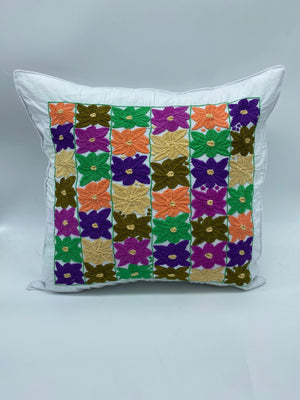 Florecitas pillow