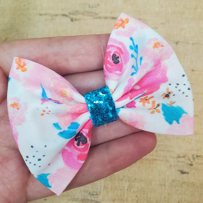Punchy Floral Mini Everly Teeny Bow
