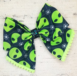 Green Alien Bria Bow