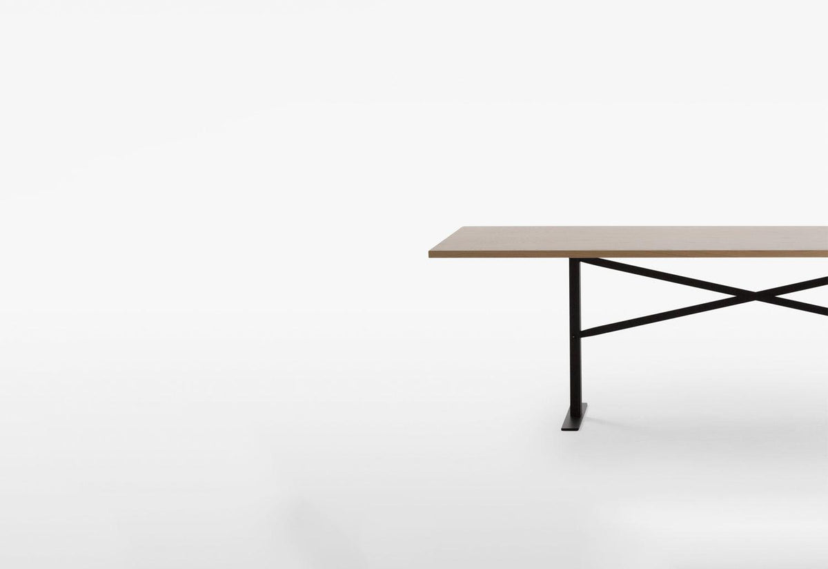 Ferric table, Chris martin, Massproductions