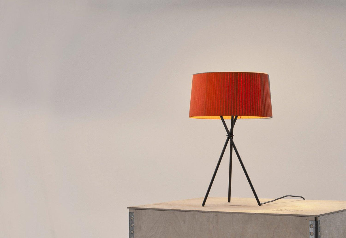 Tripode M3 table lamp, 2002, Equipo santa and cole, Santa and cole