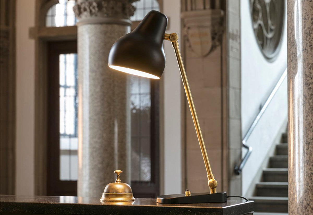 VL38 table lamp, Vilhelm lauritzen, Louis poulsen