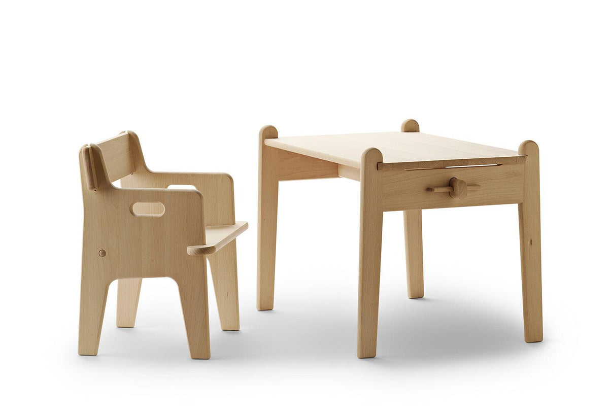 CH411 children's table, 1944, Hans wegner, Carl hansen and son