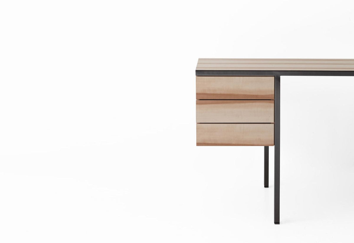 Collector desk, 2016, Gamfratesi, Porro