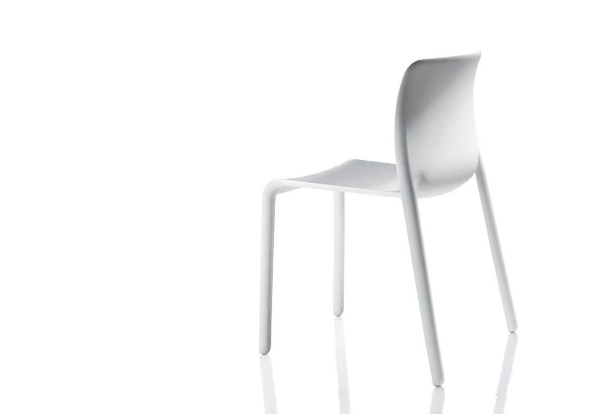 First outdoor chair, 2007, Stefano giovannoni, Magis