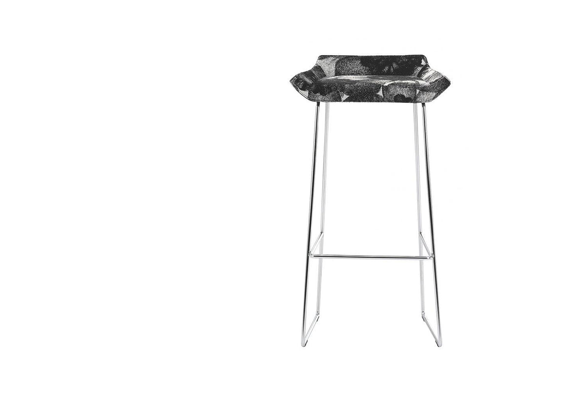 Happy barstool, 2006, Roger persson, Swedese