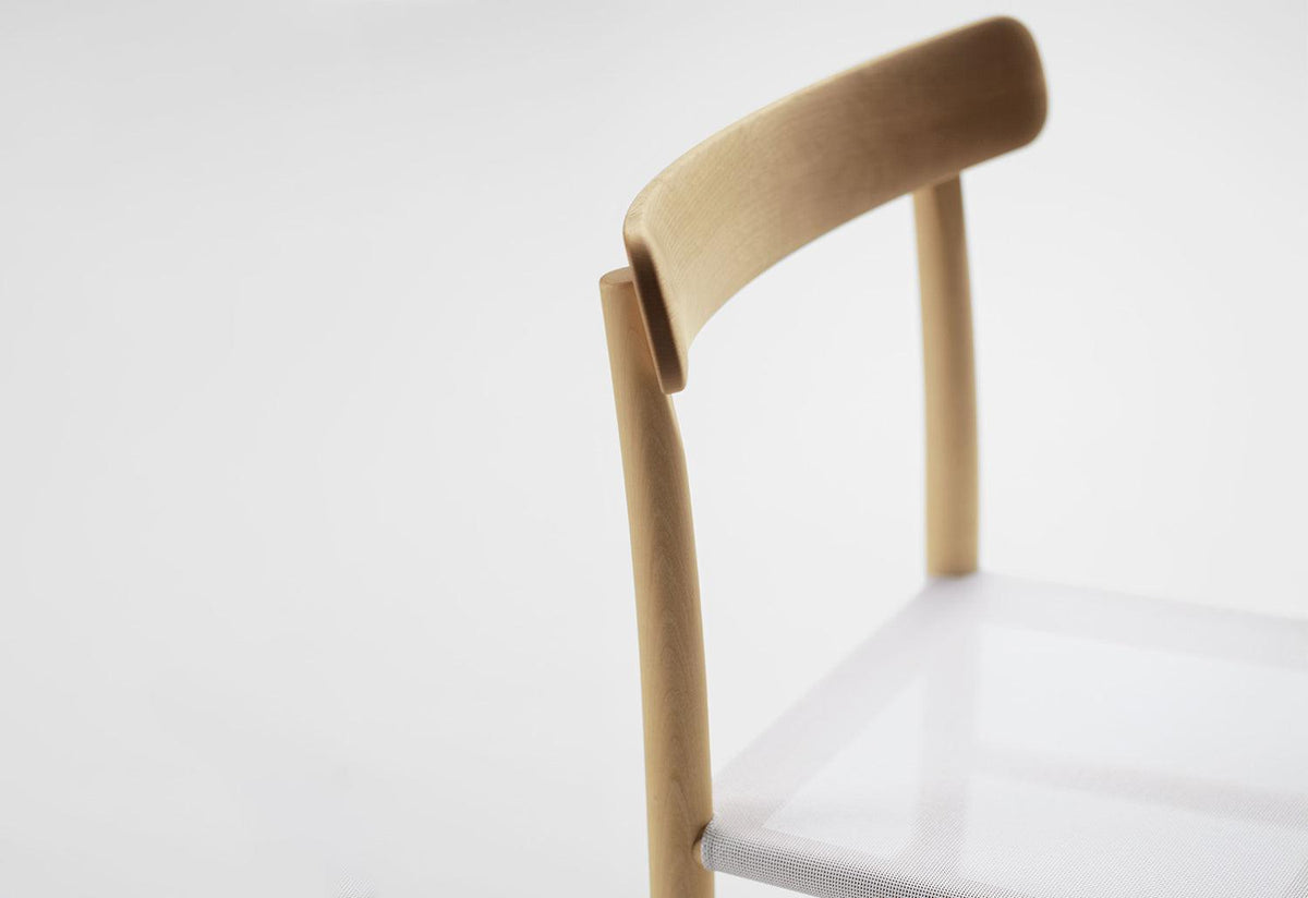Lightwood chair mesh, Jasper morrison, Maruni