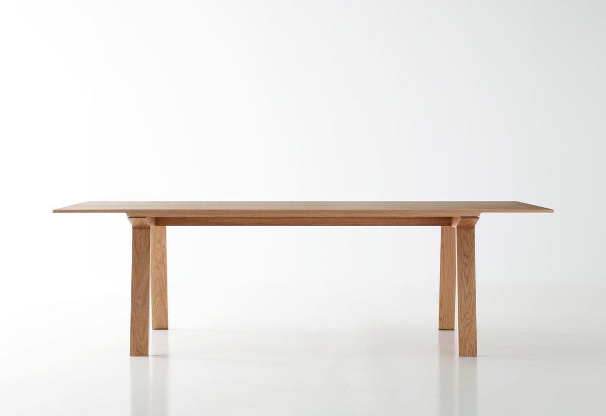 Mitis dining table, 2012, Mario ruiz, Punt