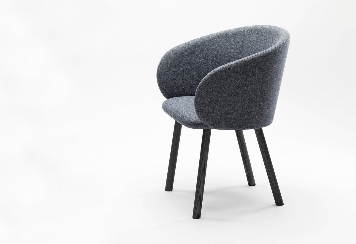 Nasu armchair, Mentsen, Zilio a and c